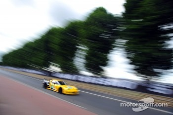 #74 Corvette Racing Chevrolet Corvette C6 ZR1: Oliver Gavin, Jan Magnussen, Richard Westbrook