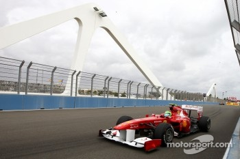 Massa had to use an extra set of softs to make it into Q2