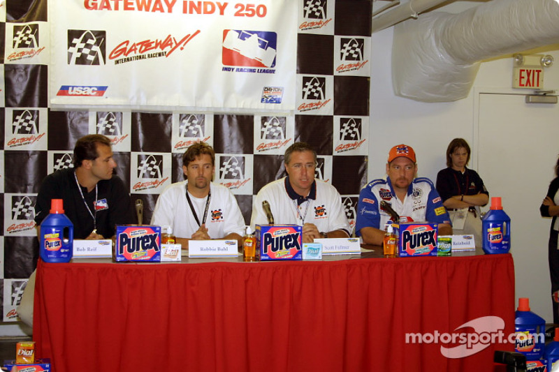 Press conference with Robbie Buhl