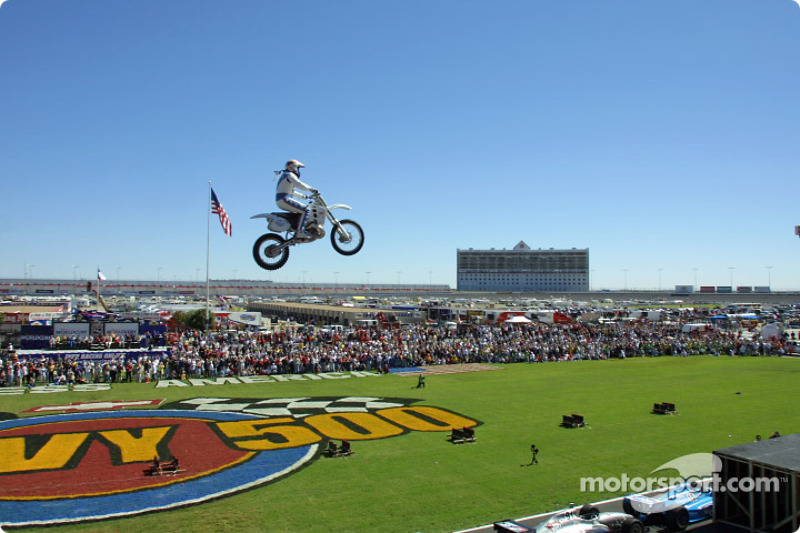 Robbie Knievel in mid-air