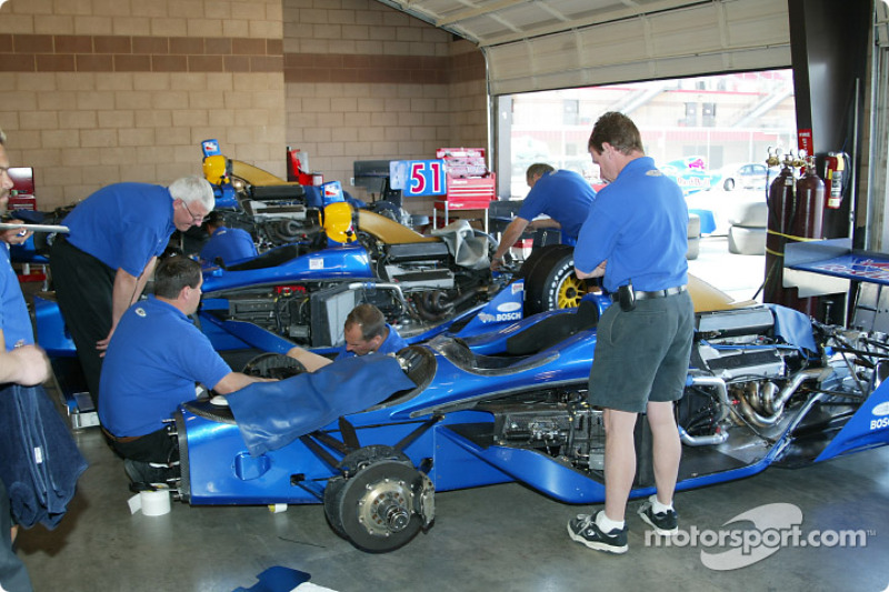 Garage du Cheever Racing