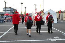 Des employés du Chip Ganassi Racing Team