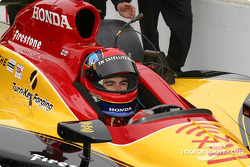 Bryan Herta prepares to qualify