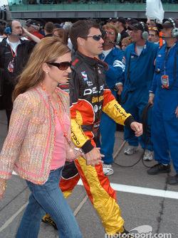 Scott Sharp and wife Kim