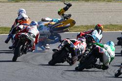 John McPhee, Peugeot MC Saxoprint, Jorge Navarro, Estrella Galicia 0,0, Gabriel Rodrigo, RBA Racing Team crash