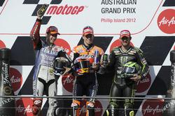 Podium: 2. Jorge Lorenzo, Yamaha; 1. Casey Stoner, Repsol Honda; 3. Cal Crutchlow, Tech3