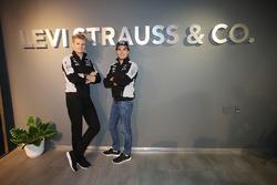 Nico Hulkenberg, Sahara Force India F1 con Sergio Pérez, Sahara Force India F1 y su patrocinador Levi Strauss