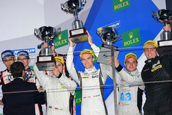 Podium: winner LMP1 private #4 ByKolles Racing CLM P1/01: Simon Trummer, Oliver Webb, Pierre Kaffer