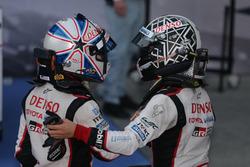 #6 Toyota Racing Toyota TS050 Hybrid: Kamui Kobayashi and #5 Toyota Racing Toyota TS050 Hybrid: Anthony Davidson