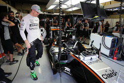 The Sahara Force India F1 VJM09 of Nico Hulkenberg, fitted with four wing mirrors