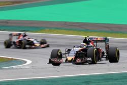 Карлос Сайнс-мол., Данііл Квят, Scuderia Toro Rosso STR11