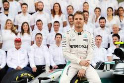Nico Rosberg, Mercedes AMG F1 op teamfoto