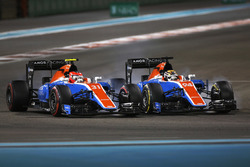 Pascal Wehrlein, Manor Racing MRT05; Esteban Ocon, Manor Racing MRT05