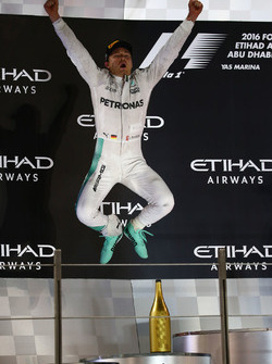 Podium: second place and new world champion Nico Rosberg, Mercedes AMG Petronas F1 W07