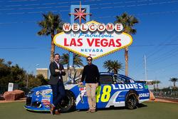 Jimmie Johnson, Hendrick Motorsports, Chevrolet, und Crewchief Chad Knaus, in Las Vegas