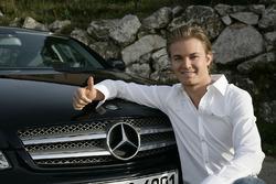 Nico Rosberg, unterschreibt bei Mercedes AMG F1 - November 2009