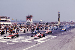 Polesitter: James Hunt, McLaren M23 Ford; Niki Lauda Ferrari 312T2