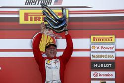 Yarış galibi Thomas Loefflad, StileF Squadra Corse