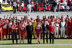 Maurizio Arrivabene, Team principal Ferrari; Sebastian Vettel, Ferrari; Sergio Marchionne, President Ferrari; Kimi Raikkonen, Ferrari at the group photo
