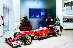 Maurizio Arrivabene, Ferrari-Teamchef; Sergio Marchionne, Ferrari-Präsident; Mattia Binotto, Technischer Leiter; Ferrari SF16-H