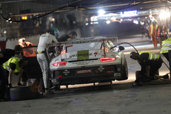 Pit stop #69 Black Falcon Porsche 991 Cup: Burkard Kaiser, Sören Spreng, Miguel Toril, Bandar Alesayi