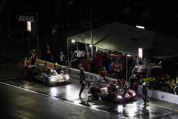 №31 Action Express Racing Cadillac DPi: Эрик Каррен, Дейн Кэмерон, Себ Моррис, Майк Конвей