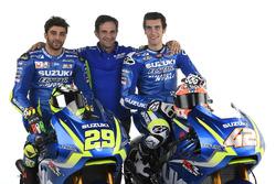 Andrea Iannone, Alex Rins und Davide Brivio, Teammanager, Team Suzuki Ecstar MotoGP