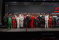 Gruppenfoto der Supercars-Fahrer 2017