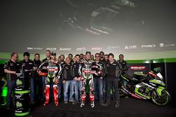 Tom Sykes, Jonathan Rea, Kawasaki Racing with the team