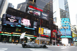 Ryan Hunter-Reay cruises down on Times Square