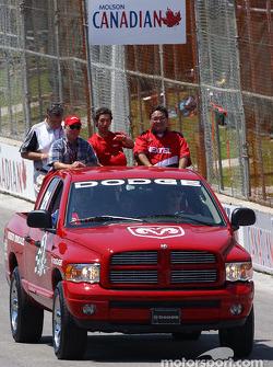 Drivers parade: Roberto Gonzalez