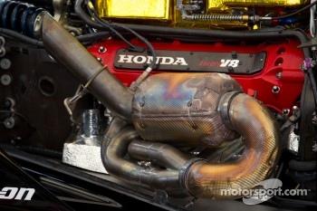 Honda Indy V8 engine