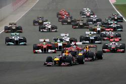 Inicio: Sebastian Vettel líder