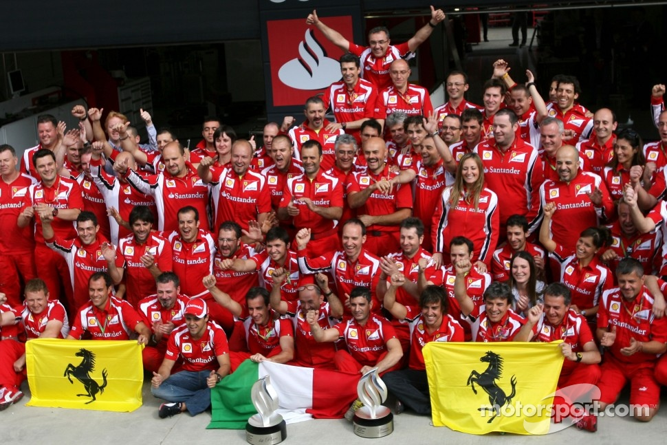 Scuderia Ferrari celebrates Fernando Alonso's victory