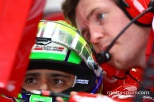 Felipe Massa, Scuderia Ferrari and Rob Smedly, Scuderia Ferrari, Chief Engineer of Felipe Massa