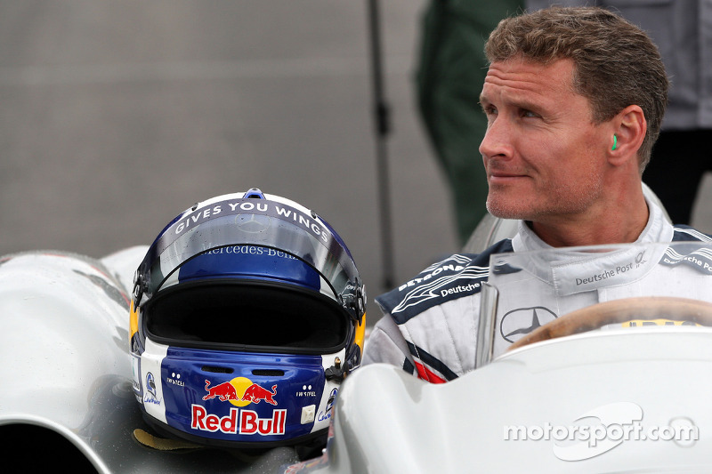 David Coulthard, Red Bull Racing, Consultant drives the Mercedes 1955