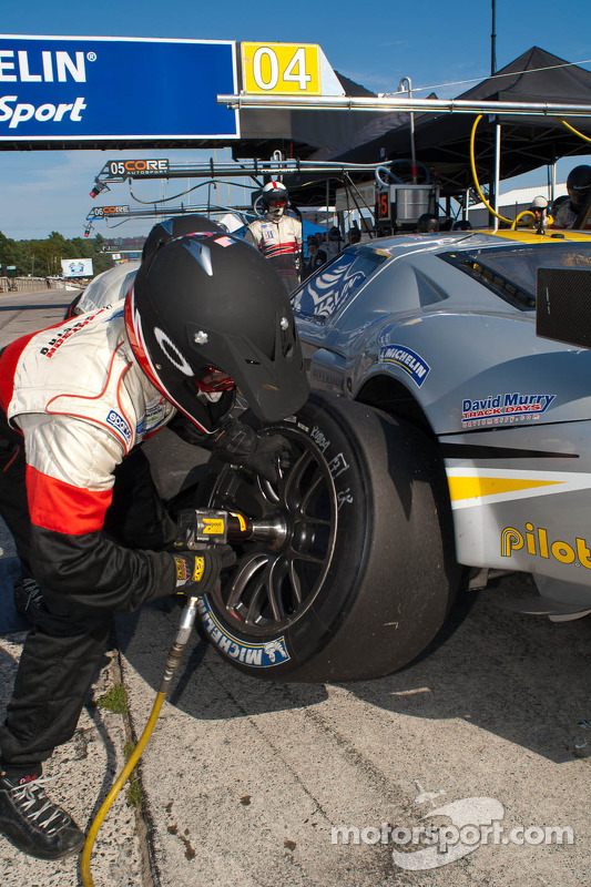 Pitstop #04 Robertson Racing Doran Ford GT: David Murry, Anthony Lazzaro