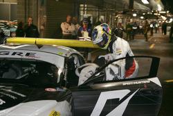 Pit stop for Need For Speed Team Schubert BMW Z4 GT3: Dirk Werner, Edward Sandström, Claudia Hürtgen