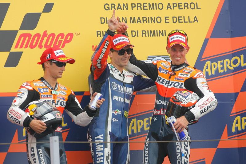 2011: 1. Jorge Lorenzo, 2. Dani Pedrosa, 3. Casey Stoner