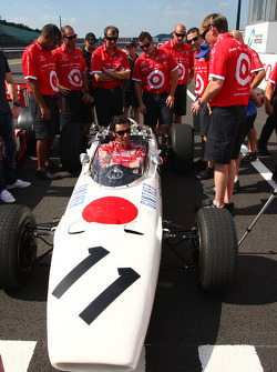 Vintage Honda F1 photoshoot: Dario Franchitti, Target Chip Ganassi Racing