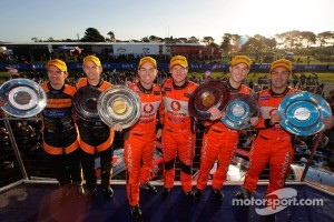 Podium: race winners Craig Lowndes and Mark Skaife, second place Jamie Whincup and Andrew Thompson, third place Will Davison and Luke Youlden