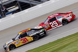 Jeff Burton, Richard Childress Racing Chevrolet and Kevin Harvick, Richard Childress Racing Chevrolet