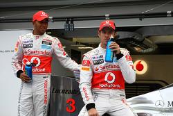 Дженсон Баттон, McLaren Mercedes и Льюис Хэмилтон, McLaren Mercedes с новым спонсором - Lucozade