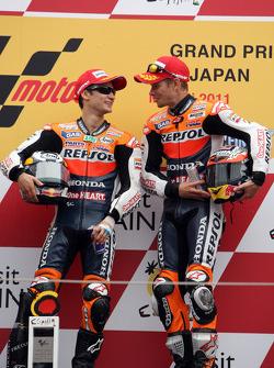 Podio: ganador de la carrera Dani Pedrosa y tercer lugar Casey Stoner