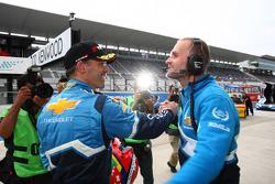 Alain Menu, Chevrolet Cruze 1.6T, Chevrolet pole position