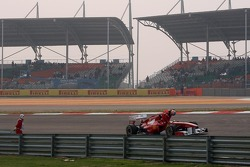 Fernando Alonso, Scuderia Ferrari stopped on track