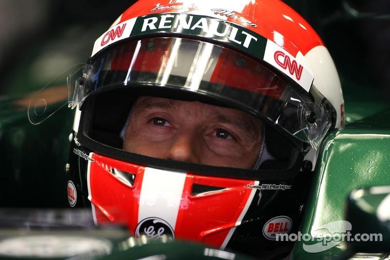 Jarno Trulli, Team Lotus wears a replica of Marco Simoncelli helmet