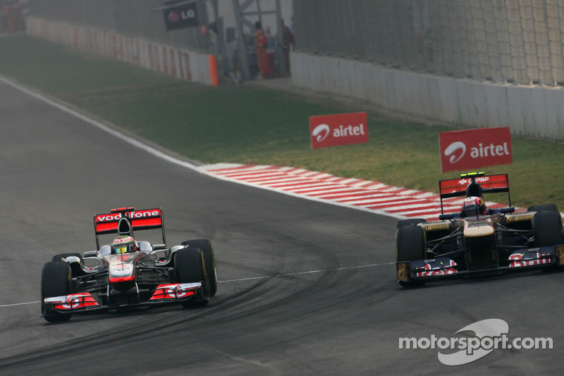 Lewis Hamilton, McLaren Mercedes and Jaime Alguersuari, Scuderia Toro Rosso