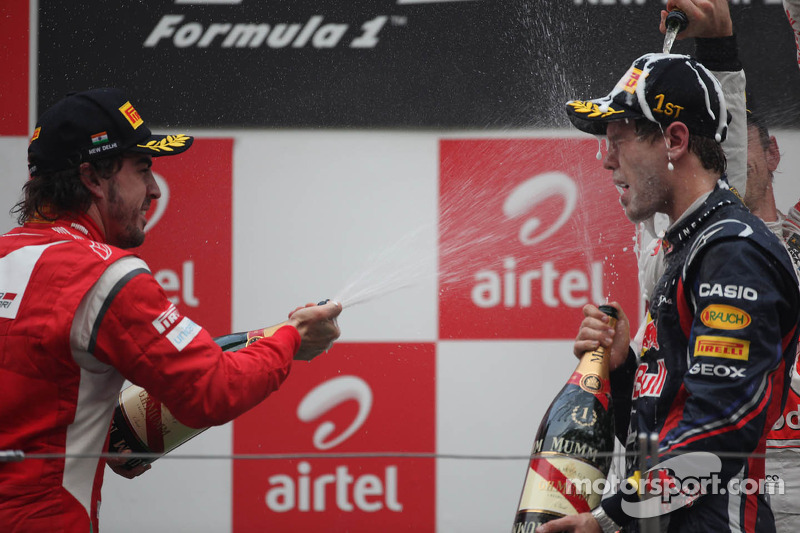 Podium: Fernando Alonso, Scuderia Ferrari and Sebastian Vettel, Red Bull Racing