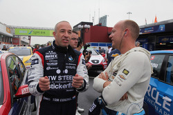 Tom Coronel, BMW 320 TC, ROAL Motorsport and Robert Huff, Chevrolet Cruze 1.6T, Chevrolet